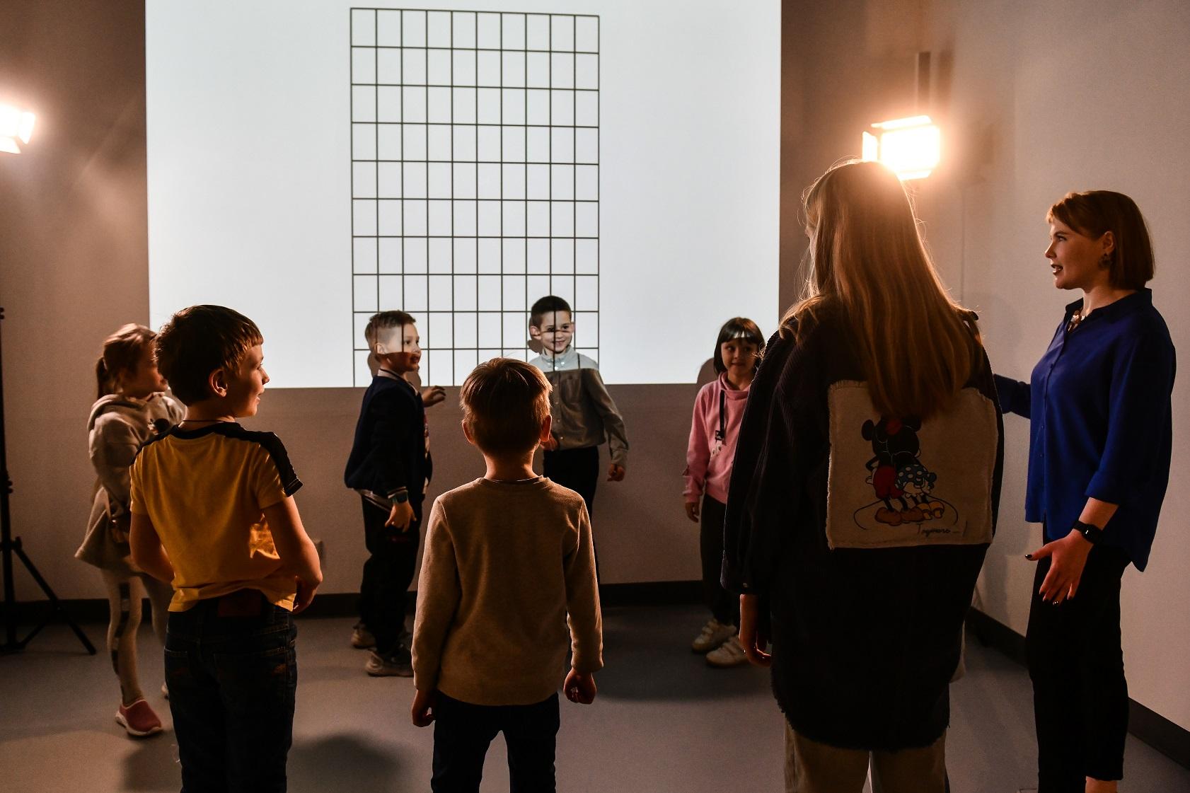 В галерее «Синара Арт» открываются выставки, кураторами которых стали дети