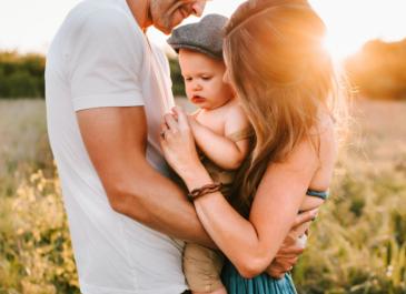 Кризис в отношениях пар с ребенком: авторская колонка Сергея Климанова