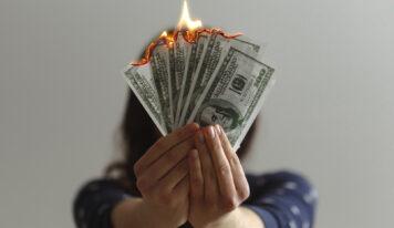 Авторская колонка Анны Мальцевой: как сэкономить на шопинге