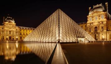 30 сентября в Ельцин Центре покажут экскурсию «Ночь в Лувре: Леонардо да Винчи»