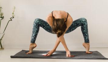 Что такое горячая йога: применить или забыть