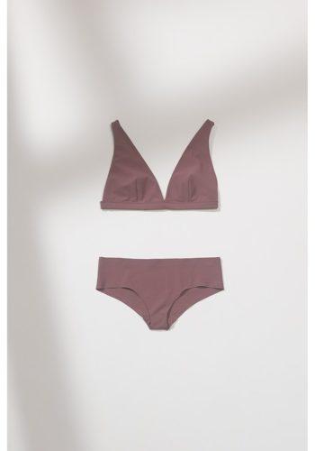 https___bae.hypebeast.com_files_2020_10_zara-lingerie-collection-bras-underwear-36