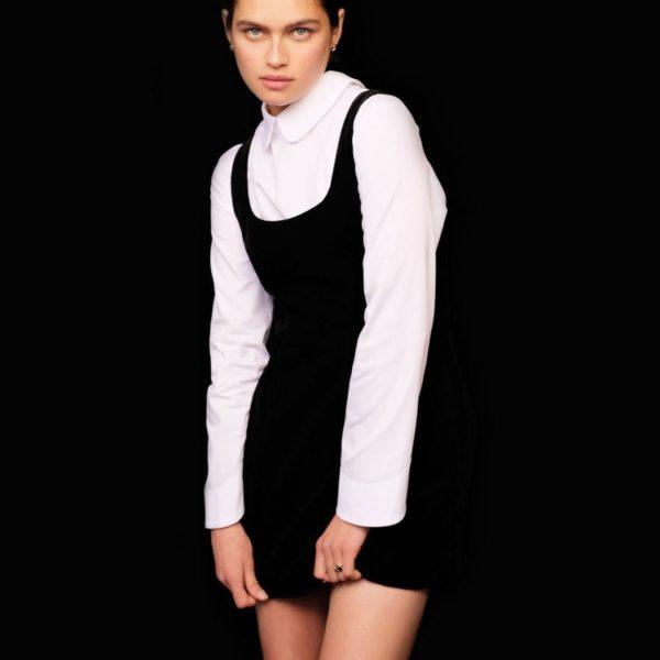 Бархатное платье мини 8 980 рублей