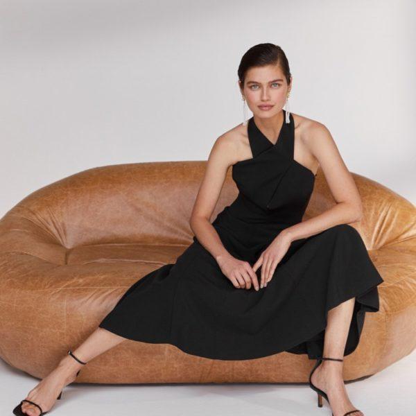 Платье с воротником «халтер» 15 980 рублей