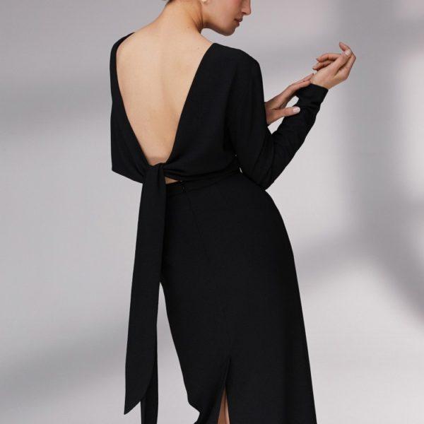 Платье с лентами на спине 14 980 рублей