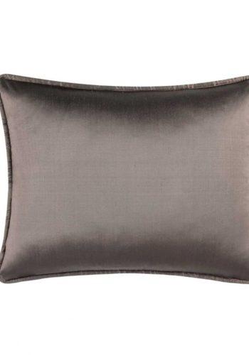 Подушка, стоимость со скидкой — 5690 рублей
