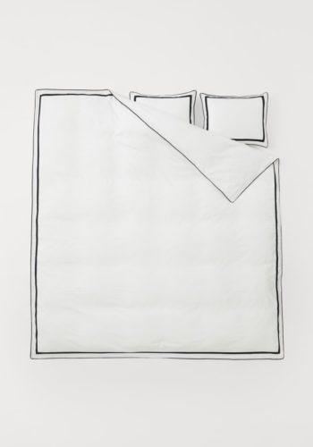 Постельное белье из хлопка, стоимость — 8999 рублей