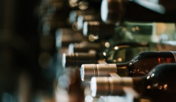 Вино: где попробовать и купить в Екатеринбурге