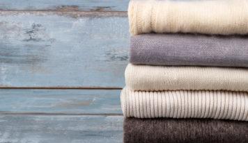 5 уральских стилистов показывают, какие свитеры купили на зиму
