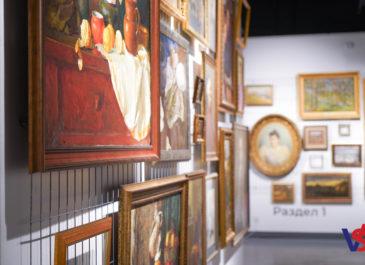 В Синара Центре открылась выставка работ уральских художников