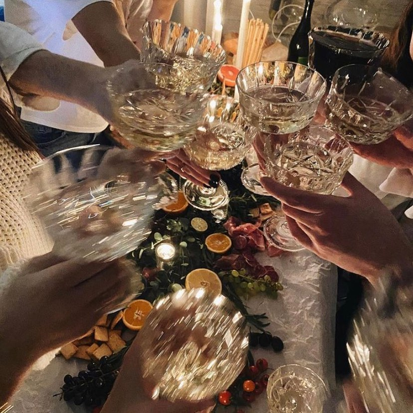 Универмаг Bolshoy отмечает 5 лет: подарки, скидки и вечеринка