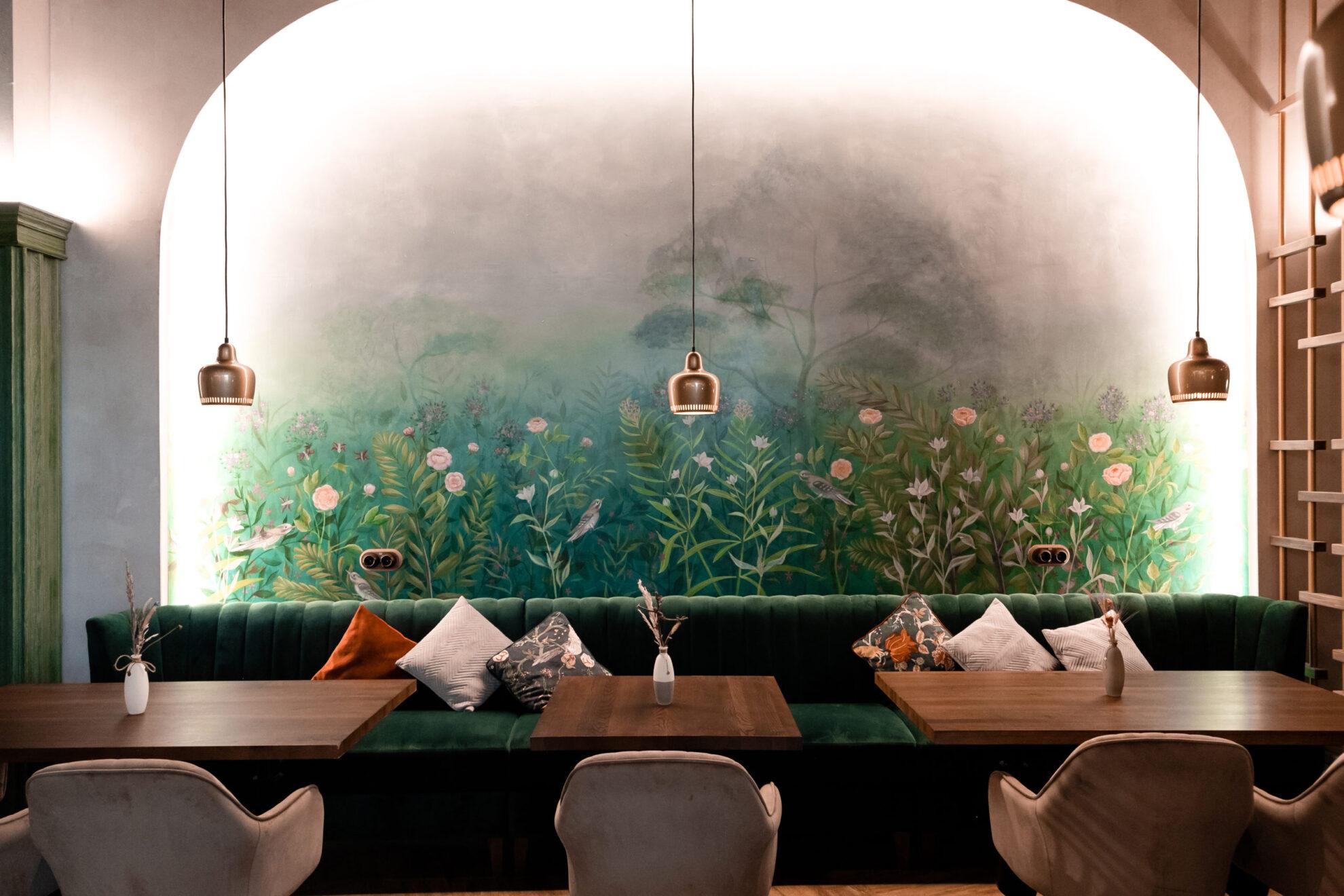 «Пальмовая ветвь ресторанного бизнеса»: 6 заведений Екатеринбурга с лучшей концепцией