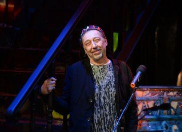 Вслед за Табаковым и Басилашвили: Николай Коляда получил театральную премию «Фигаро»