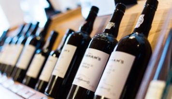 Авторская колонка Евгении Шакуро: инструкция по выбору удачного вина в магазине