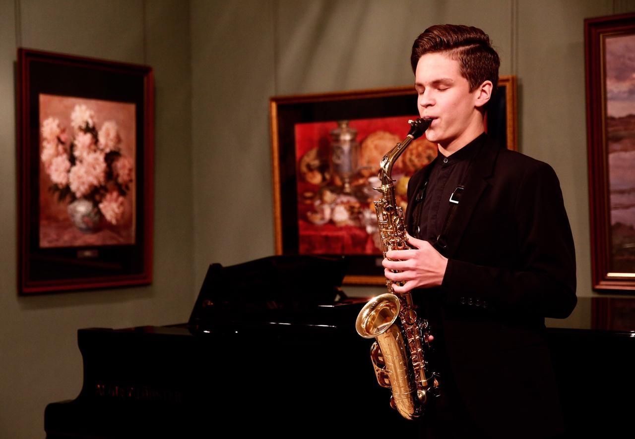 Молодой саксофонист из Екатеринбурга взял золото на международном Andorra Sax Fest