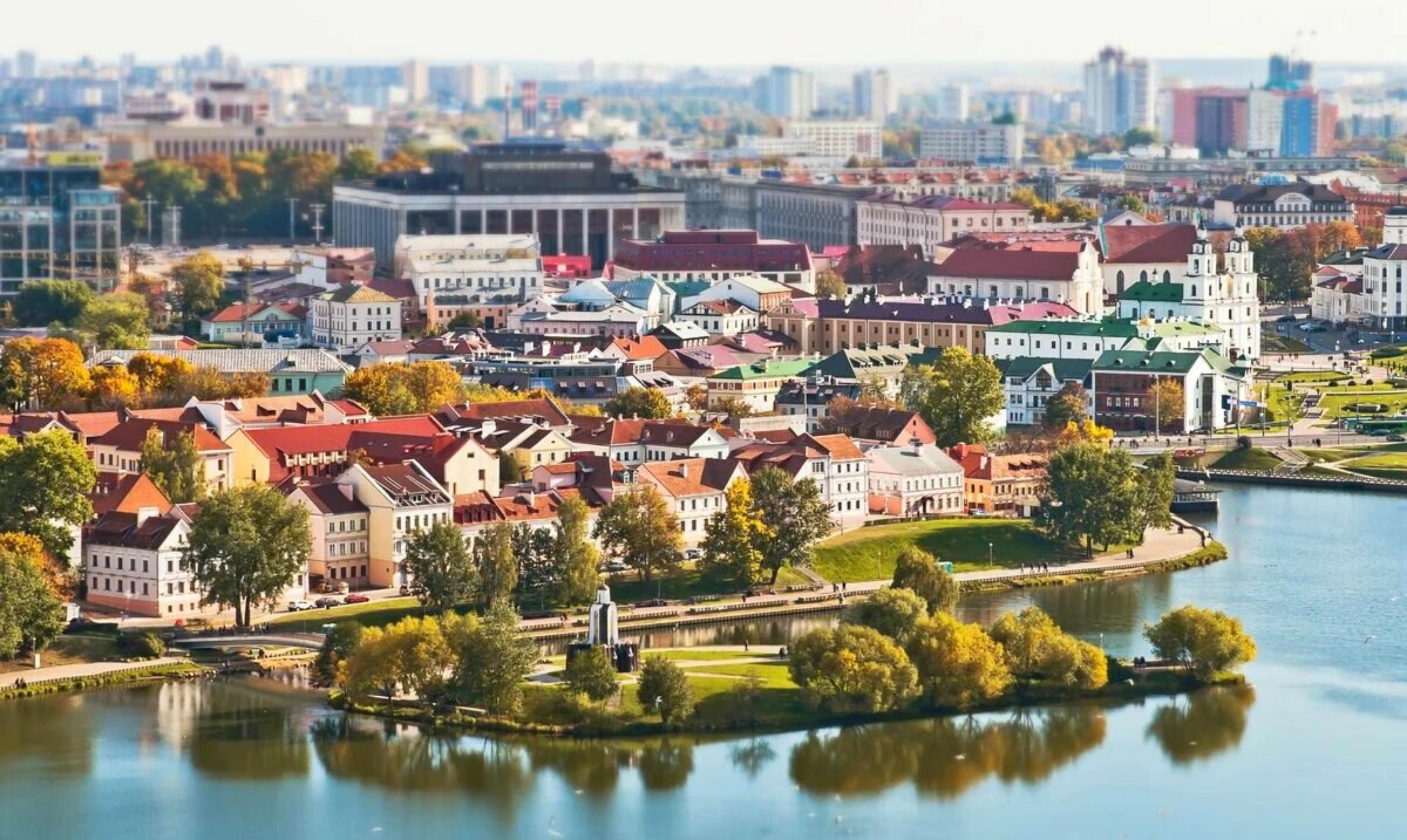 В мае возобновляются прямые рейсы из Екатеринбурга в Минск