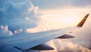 Плейлист для авиаперелетов и длительных поездок на отдых