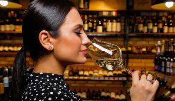 Авторская колонка Евгении Шакуро: выбираем игристое вино на любой вкус