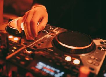 Анонсированы две новые крупнейшие площадки электронной музыки на Ural Music Night